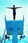 赛场竞技0179,赛场竞技,运动,男子跳台 平直手臂 蓝色泳裤
