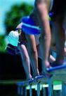 赛场竞技0180,赛场竞技,运动,女子游泳 白泳帽 准备入水
