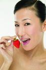 健康美容0100,健康美容,休闲保健,草莓 嘴唇 享受