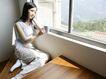 女性居家休闲0035,女性居家休闲,休闲保健,窗户 木地板 女主人