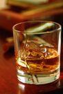 品酒话酒0052,品酒话酒,休闲生活,夜生活 透明杯子 冰块
