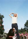 女性宠物0066,女性宠物,休闲生活,佳丽 蓝天 遛狗