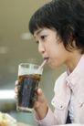 咖啡恋人0066,咖啡恋人,家庭情侣,女生 可乐 吸管