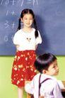 时尚儿童0058,时尚儿童,亲子教育,数学课 麻花辫 红裙子