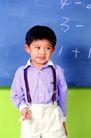 时尚儿童0064,时尚儿童,亲子教育,男孩 黑板 数学