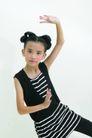 儿童肢体0074,儿童肢体,亲子教育,挥手 少女 舞姿