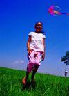 儿童表情0092,儿童表情,亲子教育,女孩 风筝 游戏