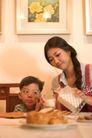 亲子关系0036,亲子关系,亲子教育,吃早餐 餐桌 食物