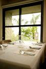 餐饮空间0063,餐饮空间,美食,桌子 窗户 餐具