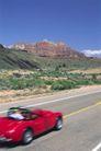 道路0079,道路,交通,红色 小车 渡假