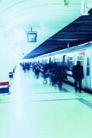 火车百科0092,火车百科,交通,车站 等车 人群