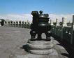 天坛礼堂长廊0063,天坛礼堂长廊,古代名胜,铜鼎 香炉 蓝天
