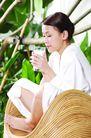 瑜伽休闲0069,瑜伽休闲,休闲,玻璃杯 牛奶 美颜