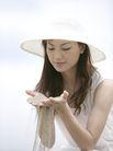 美丽海滩0061,美丽海滩,休闲,少女 太阳帽 双手