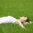 美丽青年0035,美丽青年,休闲,青草 绿色 躺着