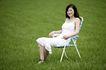 美丽青年0057,美丽青年,休闲,青春年华 青草地 坐在椅子上