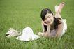 美丽青年0066,美丽青年,休闲,女生 鞋子 草坪