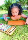 欢乐儿童0099,欢乐儿童,儿童,儿童 草地 画画