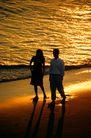 商业幻想0051,商业幻想,商业,金色夕阳 一对情侣 漫步海边