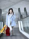 时尚购物0021,时尚购物,生活,电梯 纸袋 购物