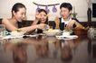 晚餐恋人0029,晚餐恋人,生活,夹食物 好友 聚会