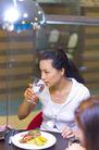 晚餐恋人0051,晚餐恋人,生活,西餐厅 吃西餐 喝水