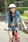 少女日记0056,少女日记,美容,休闲装扮 骑自行车 白帽子