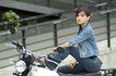 少女日记0060,少女日记,美容,街头 坐在摩托上 气派女子
