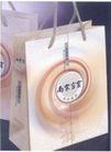 南宋官窑-004,商业,中国品牌年鉴2004,购物袋 南宋官窑 纸袋 地址