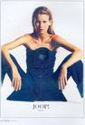 服装内衣广告创意0084,服装内衣广告创意,国际知名品牌广告创意,裙子 牛仔 锁骨