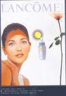 香水护肤霜广告创意0120,香水护肤霜广告创意,国际知名品牌广告创意,女性用品 肤色