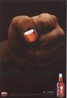 平面获奖作品一0081,平面获奖作品一,11届中国广告节获奖作品,指甲油 指甲 拳头