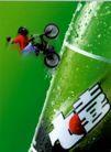食品饮料保健品医药0010,食品饮料保健品医药,广东摄影年鉴2006,七喜 自行车 攀岩 往上 感觉