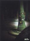 获奖作品一0046,获奖作品一,第十一届中国广告节作品,手 拥抱 柱子