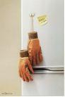 家电及关联品0027,家电及关联品,中国广告作品年鉴2007,美的冰箱 手套 速冻