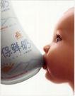 食品0001,食品,中国广告作品年鉴2007,婴儿 嘴咬 鲜奶袋