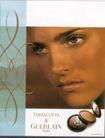 版式设计之边框分割0012,版式设计之边框分割,书籍装贞,脸部特写 浓妆 有神的眼睛