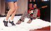 服装美容0027,服装美容,商业型录设计,踮脚 鞋 弹吉他的男士 地毯