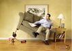 非酒精饮料0012,非酒精饮料,第十三届中国广告节获奖作品集,牛奶广告 掀起沙发 惊讶的爸爸