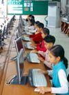 小学教育0057,小学教育,亲子教育,微机室 电脑课 认真上课