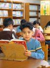 小学教育0063,小学教育,亲子教育,看书 桌子 阅览室