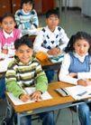 小学教育0075,小学教育,亲子教育,课堂 认真 听讲