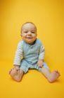 新生婴儿0096,新生婴儿,亲子教育,赤脚 微笑 笑容
