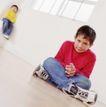 童趣0029,童趣,亲子教育,坐地上 盘腿 生气