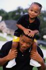 美国家庭0018,美国家庭,亲子教育,肩膀 扛起 孩子