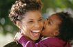 美国家庭0038,美国家庭,亲子教育,孩子 高兴 张嘴大笑