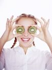 养生0039,养生,生活,弥猴桃 果片 遮着眼睛