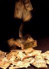 金钱世界0075,金钱世界,金融,黄色 钞票 泄洒