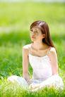 新生活0048,新生活,休闲,坐在草地上