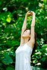 新生活0059,新生活,休闲,绿色世界 伸直手臂 呼吸新鲜空气